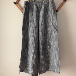 Pants - Wide leg linen trousers